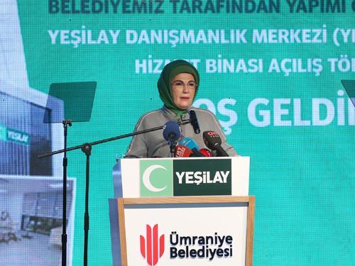 Emine Erdoğan, İstanbul'da Yeşilay Danışmanlık Merkezi'nin açılışına katıldı