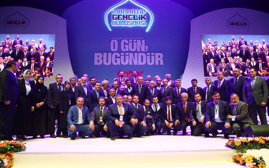 """Cumhurbaşkanı Erdoğan""""İslam Dünyasının Umudu Türkiye'dir"""""""