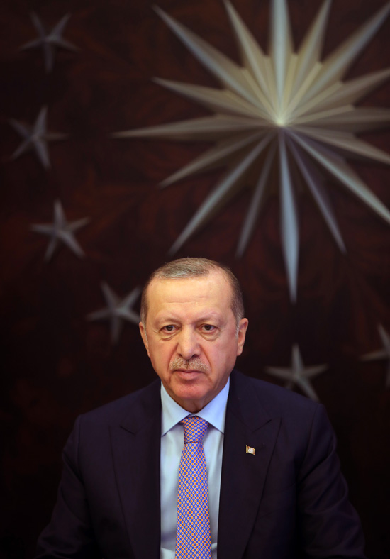 """""""Türkiye, koronavirüs salgınını yenecek güce ve kapasiteye sahiptir"""""""