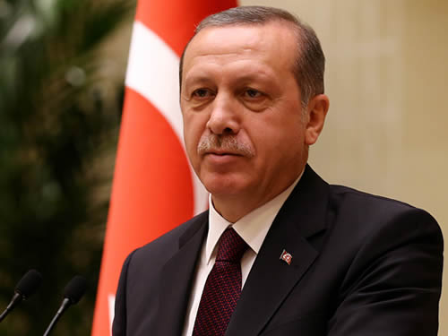"""""""Fransa ile Türkiye Arasında Siyasi ve Ekonomik Alanda Atılacak Birçok Adım Var"""""""