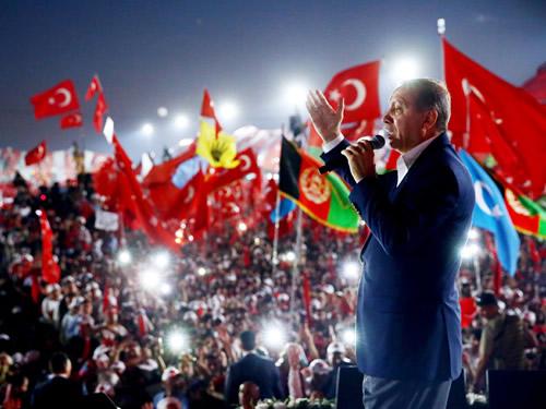 """""""Milletimiz Çok Büyüktür, Esaret ve Zillet Kabul Etmez"""""""