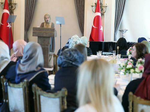 Emine Erdoğan, Sivil Toplum Kuruluşlarının Kadın Temsilcilerini Kabul Etti