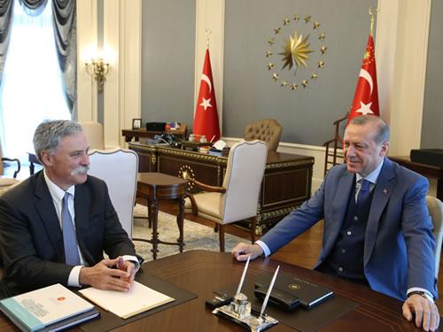 Cumhurbaşkanı Erdoğan, F1 CEO'su Carey'i Kabul Etti