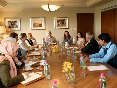 First Lady Receives ALL Ladies League Global Chairperson Dr. Arora