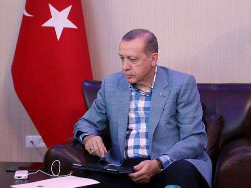Cumhurbaşkanı Erdoğan, Rusya Devlet Başkanı Putin ile Telefonda Türk Akımı Projesini Görüştü