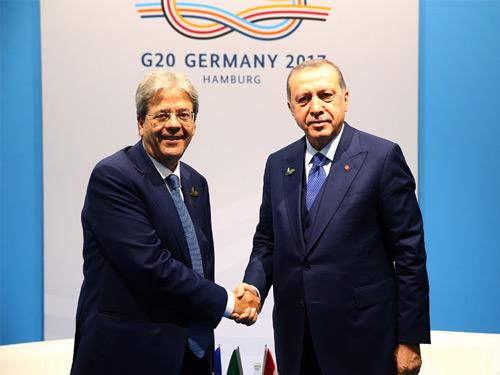 Cumhurbaşkanı Erdoğan, İtalya Başbakanı Gentiloni'yi Kabul Etti