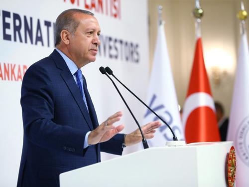 """""""Türk Demokrasisi ve Ekonomisinin Yerle Yeksan Olmasını Bekleyenleri Hayal Kırıklığına Uğrattık"""""""