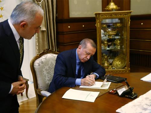 Cumhurbaşkanı Erdoğan, Kurban Vekâletini Kızılay'a Verdi