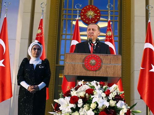 """""""Arakan'da Zulüm Gören Mazlumları Yalnız Bırakamayız"""""""