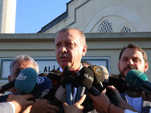Cumhurbaşkanı Erdoğan, Bayram Namazını Hz. Ali Camii'nde Kıldı
