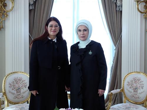Emine Erdoğan, Venezuela First Lady'si Flores ile Bir Araya Geldi