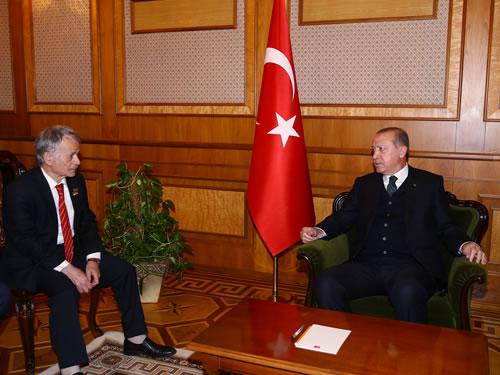 Cumhurbaşkanı Erdoğan, Kırım Tatar Toplumu Temsilcilerini Kabul Etti