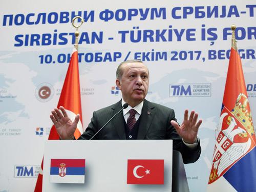 """""""Türkiye, Balkanlar'ın Barışla Anılmasını İstiyor"""""""