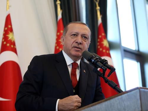 """""""Türkiye Asırlık Bir Hesaplaşmayla Karşı Karşıyadır"""""""