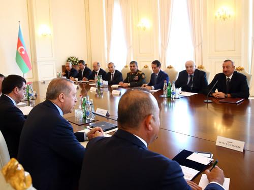 Cumhurbaşkanı Erdoğan, Azerbaycan'da Yüksek Düzeyli Stratejik İşbirliği Konseyi Toplantısı'na Katıldı