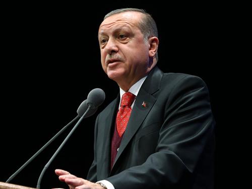 """""""Atatürk'ü Sadece Anmakla Kalmamalı, Anlamaya da Çalışmalıyız"""""""
