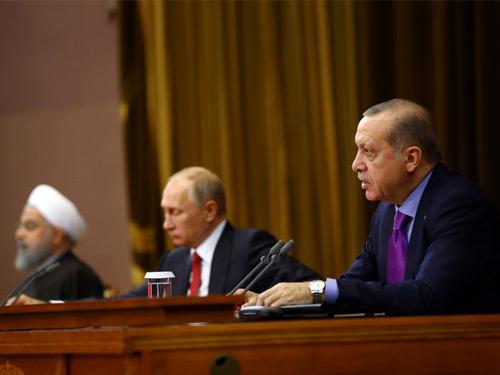 """""""Millî Güvenliğimize Kasteden Terörist Unsurların Suriye'deki Süreçten Dışlanması Önceliğimizdir"""""""