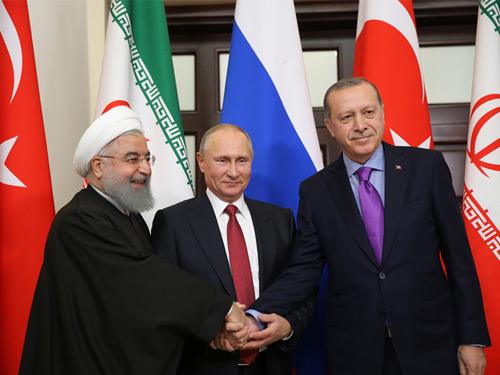 Cumhurbaşkanı Erdoğan, Soçi'de Üçlü Suriye Zirvesine Katıldı