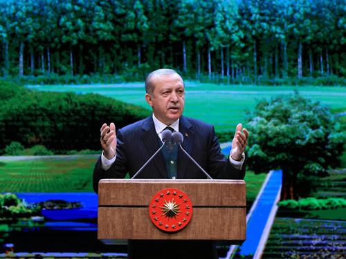 """""""Ana Muhalefet Makamı Komedi Sahnesi Yeri Hâline Geldi"""""""
