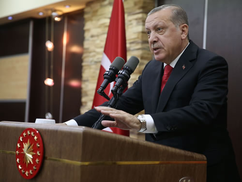"""""""Azınlık Sorunlarının Çözümü, Türkiye ile Yunanistan'ı Birbirine Daha da Yakınlaştıracaktır"""""""