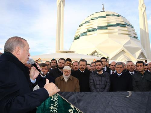 Cumhurbaşkanı Erdoğan, İTO Başkanı Çağlar'ın Cenaze Törenine Katıldı