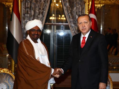 Cumhurbaşkanı Erdoğan, Sudan Devlet Başkanı El Beşir ile Görüştü