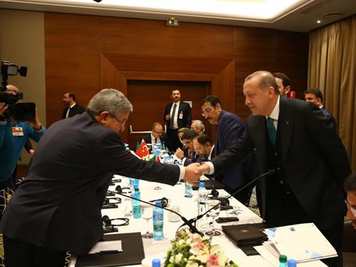 Cumhurbaşkanı Erdoğan, Cezayir Başbakanı Ouyahia'yı kabul etti