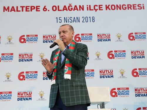 """""""İstanbul'a hizmet etmek proje, yatırım ve vizyon ister"""""""