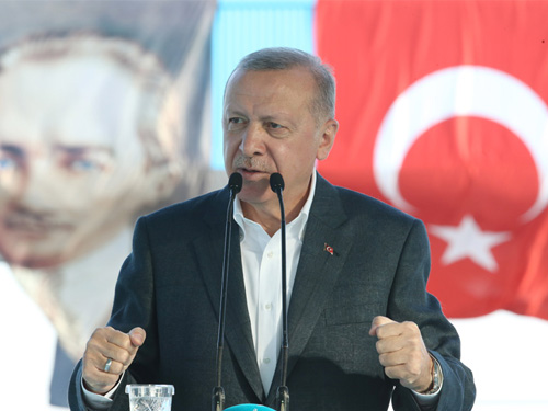 """""""Türkiye'yi, ahlak ve vicdan dışı yeni oyunlarla rotasından çıkarmaya çalışanlar bir kez daha hüsrana uğrayacaktır"""""""