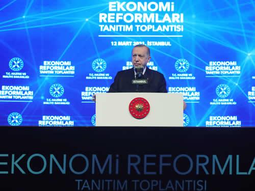 """""""Ekonomik reform paketimiz, Türkiye'yi geleceğe güvenle taşıyacak, somut ve çözüm odaklı politikalar içeriyor"""