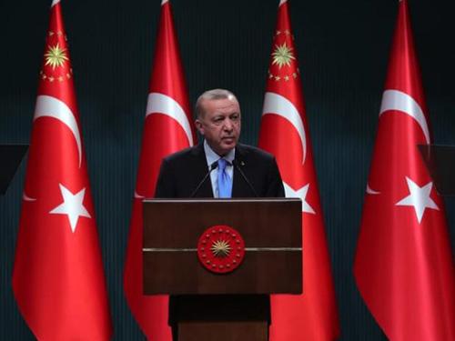 """""""Küresel ekonominin küçüldüğü bir dönemde Türkiye ekonomisinin büyümesi gücümüzün bir ifadesidir"""""""