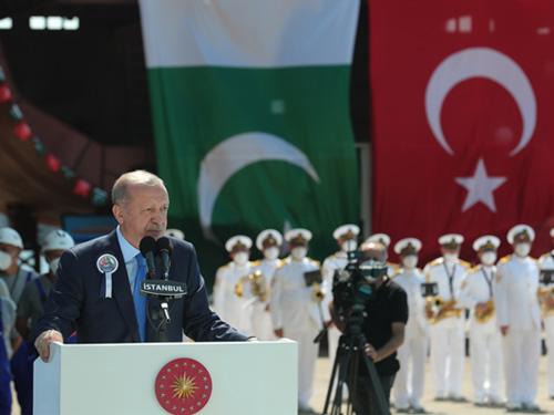 """""""Hâlen yürüttüğümüz ve neticelenecek projeler devreye girdiğinde, Türkiye savunma sanayi alanında dünyanın en üst ligine çıkmış olacaktır"""""""
