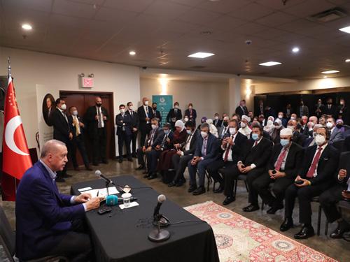 Cumhurbaşkanı Erdoğan, ABD'deki Müslüman toplumunun temsilcilerini kabul etti